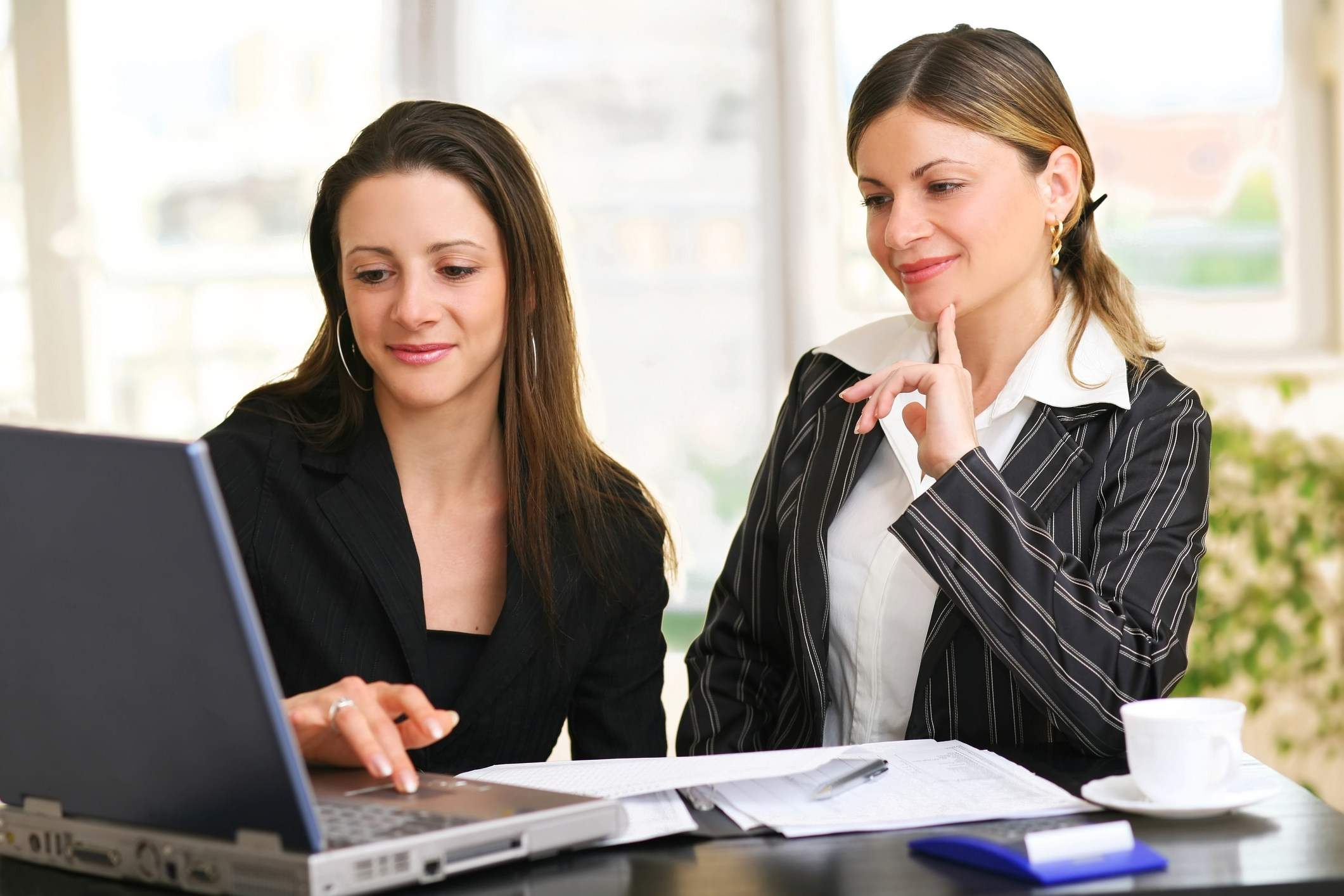 freelance paralegals - top 12 types of paralegal careers jpl process service